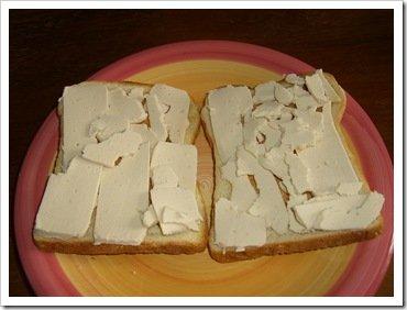 Vegan cheese on toast 002