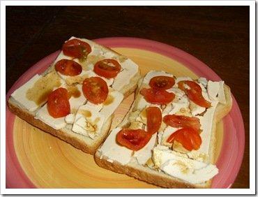Vegan cheese on toast 003