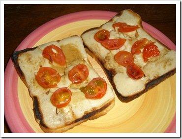 Vegan cheese on toast 004