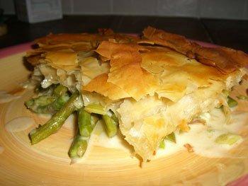 Asparagus and leek filo pie
