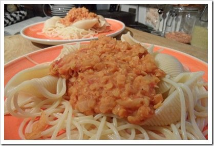 spaghetti_with_lentil_and_tomato_sauce