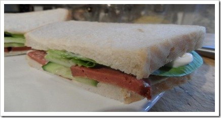 deli-frys-morcilla-style-sausage-sandwich