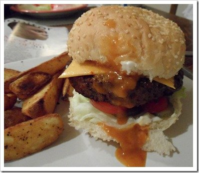linda-mccartney-vegetarian-burger-peppered-mushroom-melt