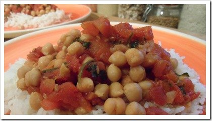 spicy-chickpeas-in-tomato-sauce-with-rosemary