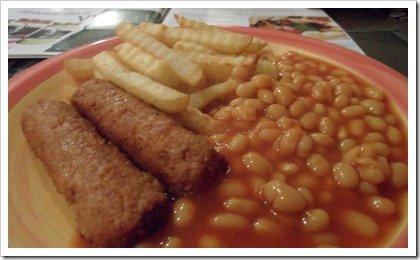 vegan-sausage-chips-beans