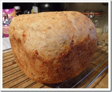 sundried-tomato-and-black-olive-bread