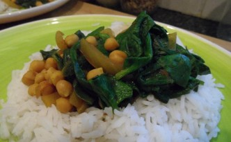 vegan-chickpea-and-spinach-curry.jpg