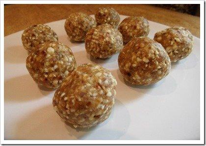 cashew-date-balls