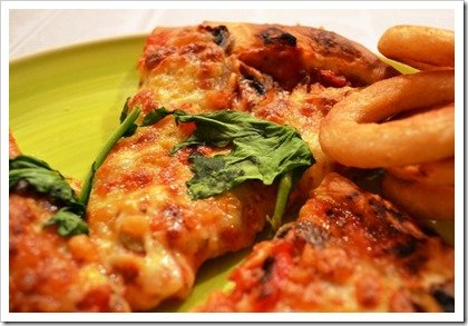 pizza-and-onion-rings