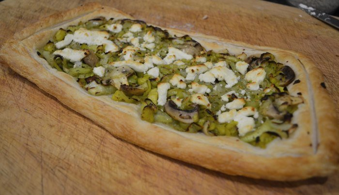 Leek, mushroom and goat's cheese tart
