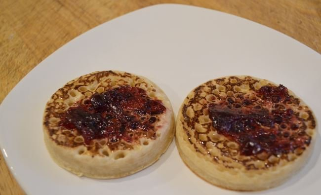 Bodychef crumpets and jam