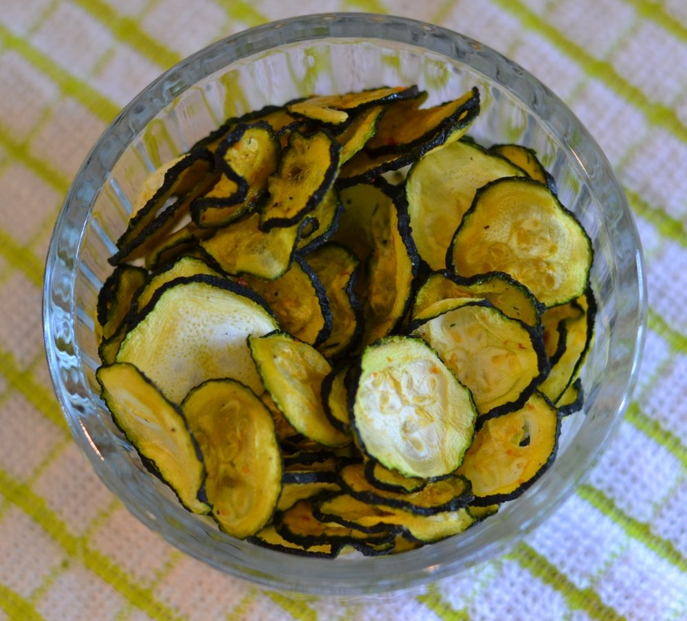 Chilli and salt courgette crisps
