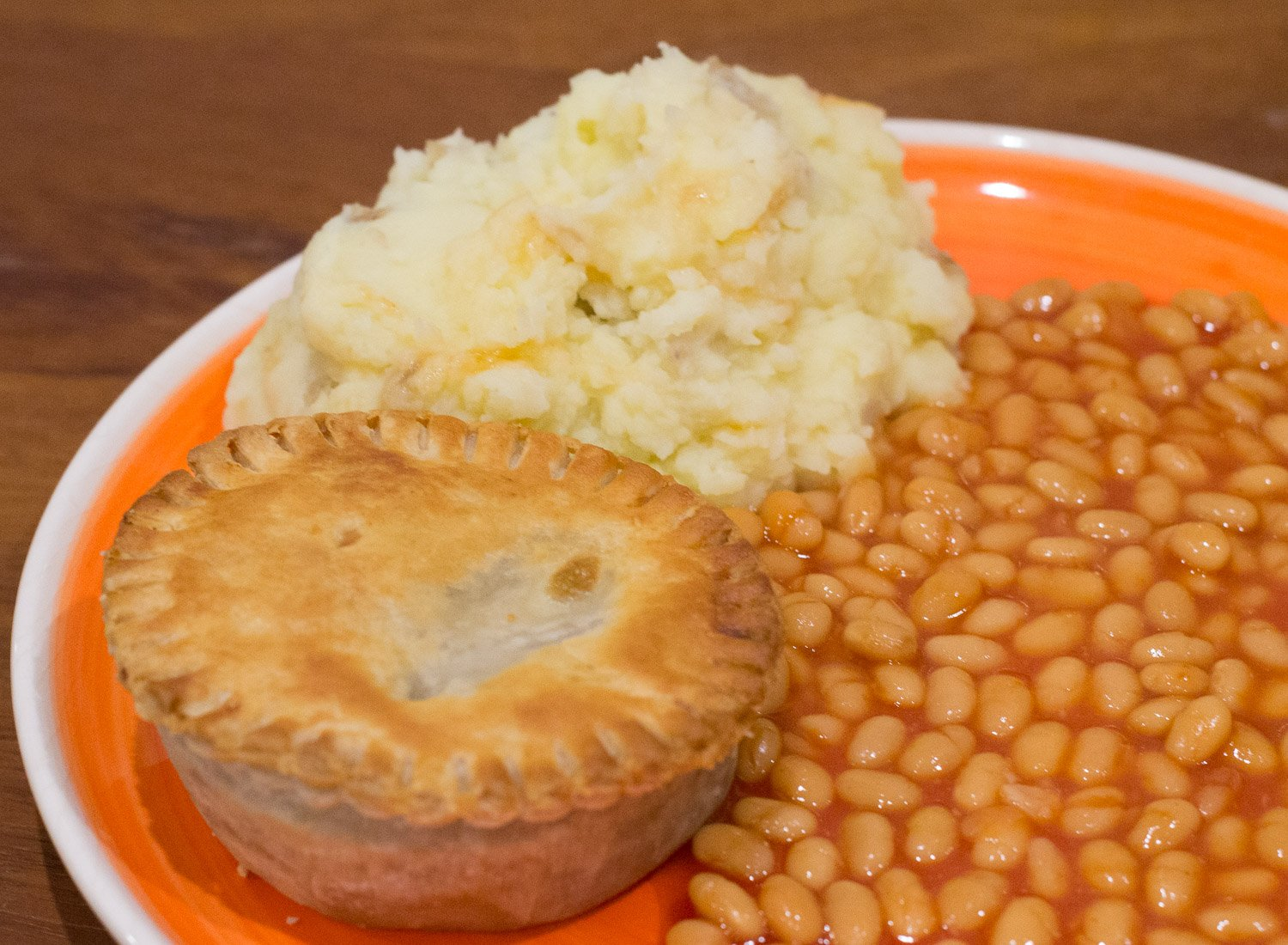 Linda McCartney Country Pie, mash and beans
