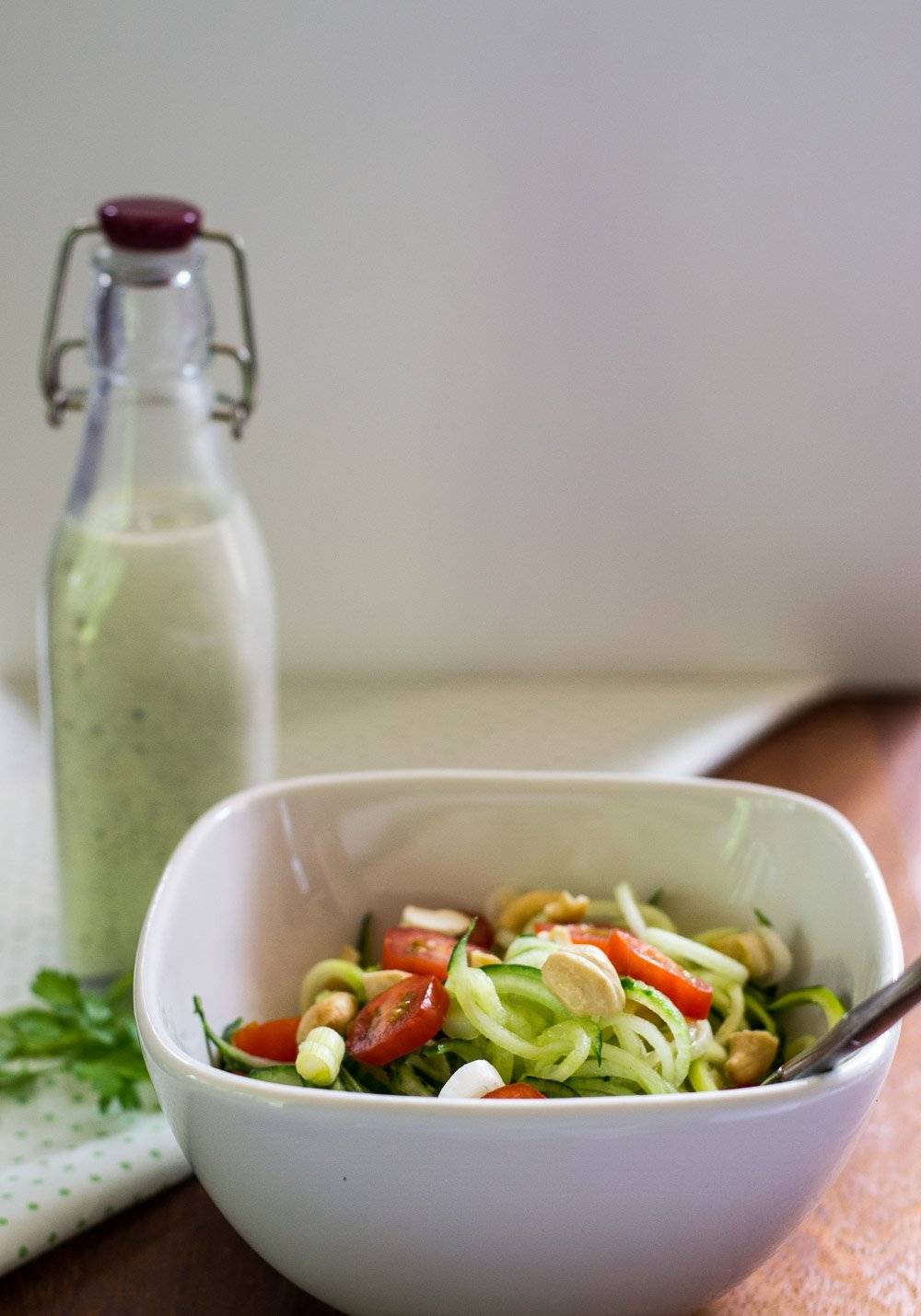 Spiralized courgette salad with vegan ranch dressing
