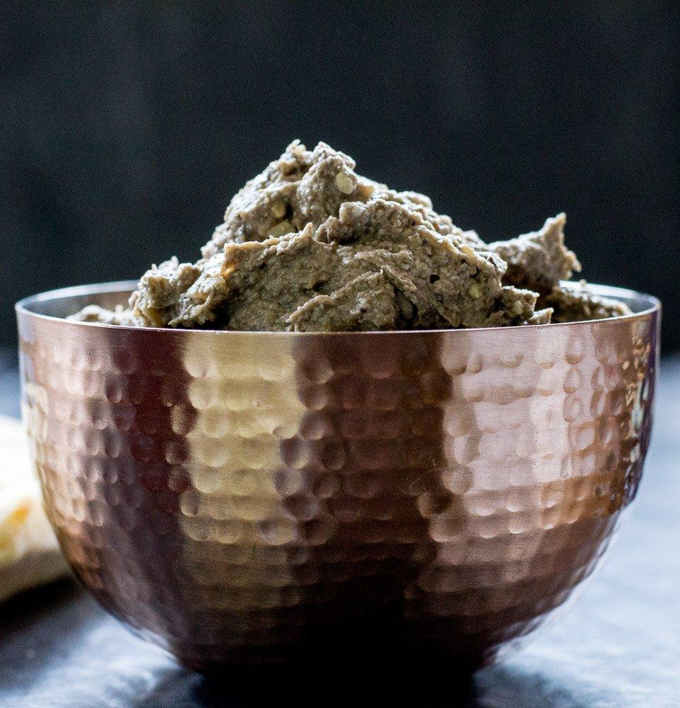 Vegan Smoky Garlic Mushroom Pâté