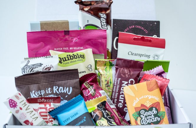 large vegan snack hamper